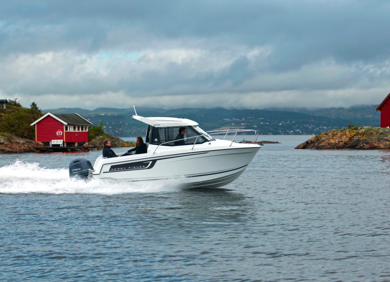 boat-605_exterieur_2014120116022911