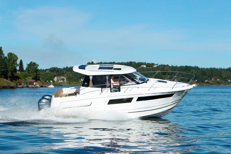 boat-855_exterieur_20110915113518